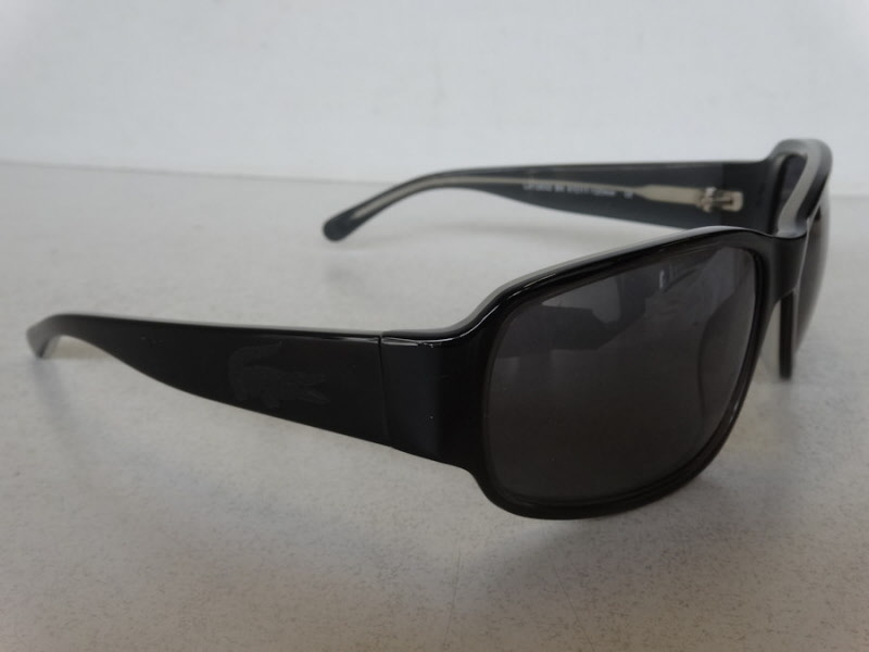 82671016979844 Zonnebril LACOSTE LA12632 Sunglasses LA-12632 black-ligt grey Heren ...